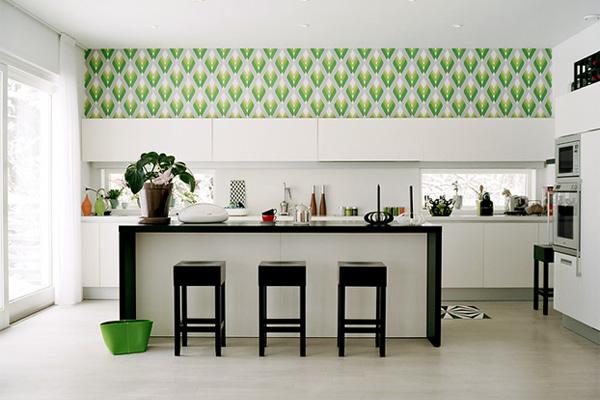 Внимание на выбор обоев для кухни